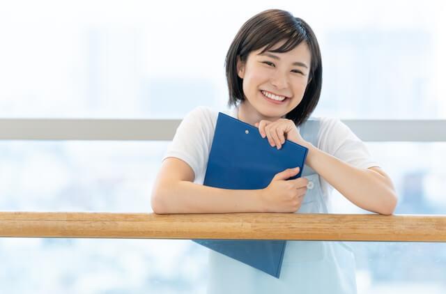 介護職員初任者研修に合格した女性