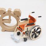 時計と車椅子