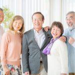 60歳以上の男性と女性